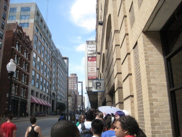 The line for the Saturday concert featuring TMR x HMKU at Otakon.